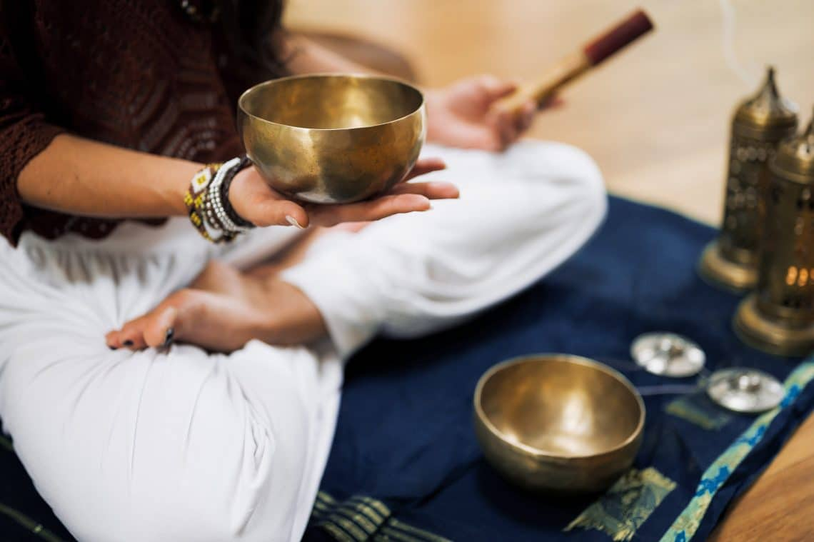 Clase de Yin Yoga con cuencos tibetanos